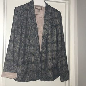 Forever 21 contemporary open front blazer